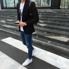 72ccae9bb4236 90 Best Mens style images   Man style, Mens jeans outfit, Men s ...