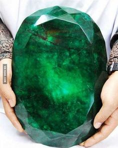 The world biggest emerald - this reminds me of the Princess's pet/child stone in Rainbow Brite and the Star Stealers.
