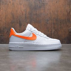 detailed look 2b41c 9d351 Nike Women Air Force 1 07 (white   total orange-white)