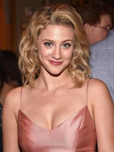 <em>Riverdale'</em>s Lili Reinhart Keeps Her Skin Clear with This $14 Clay Mask | Riverdale's Lili Reinhart shared her skin and hair routines and the products she uses on her Instagram account.
