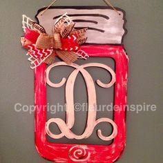Red Mason jar monogram door hanger by fleur-de-inspire Red Mason Jars, Mason Jar Flowers, Wood Shelves, Display Shelves, Wood Plant Stand, Door Hangers, Wooden Signs, Sweet Home, Shabby