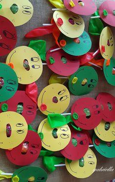 lollipop card with balloons#κάρτα με γλυφιτζούρια και μπαλόνια Sugar, Cookies, Desserts, Food, Tailgate Desserts, Biscuits, Deserts, Essen, Dessert