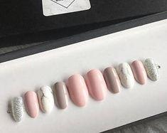 Pink marble nails • press on nails • Swarovski crystals • false nails •fake nails • Acrylic nails • gel nails • pink nails • gift
