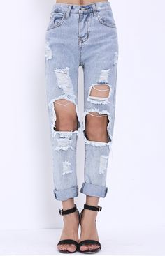 These ripped denim pants are made for style and lavish appearance!