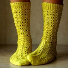 Ravelry: nikkinimble's Birdcage Socks Lace Knitting, Knitting Socks, Knit Crochet, Knitting Patterns, Knit Socks, Little Cotton Rabbits, Lace Socks, Yarn Colors, Mitten Gloves