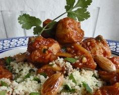 Chicken tagine with figs and almonds (try it with pears)