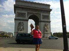 Arc de Triomphe de l'Étoile in Paris, France