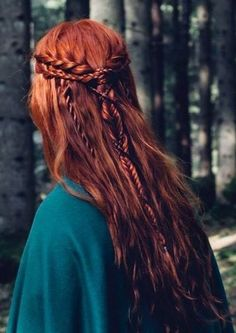 Why I Regret Dyeing My Hair Red - rote Frisuren Pretty Hairstyles, Braided Hairstyles, Wedding Hairstyles, Fairy Hairstyles, Medieval Hairstyles, Fantasy Hairstyles, Redhead Hairstyles, Pirate Hairstyles, Bohemian Hairstyles