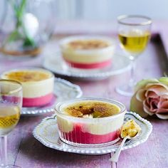 Guests will love cracking into the caramelised layer of this completely make-ahead crème brûlée dessert. Just Desserts, Delicious Desserts, Dessert Recipes, Yummy Food, Rhubarb Desserts, Cold Desserts, Frozen Desserts, Yummy Eats, Chutney