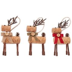 Amazon.com: Rustic Cork & Burlap Deer Ornament ~ set of 3: Handmade (51 BRL) ❤ liked on Polyvore featuring home, home decor, handmade home decor, rustic home accessories, deer home decor, burlap home decor and rustic home decor