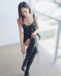 Winter Boots Outfits, Thigh High Boots, Thigh Highs, Leather Boots, Thighs, Camisole Top, Asian, Tank Tops, Women