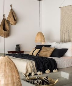 Woven Accents | Bohemian Bedroom Ideas To Inspire You This Fall