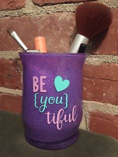 Glitter Vanity Jar personalisierte Make-up Pinselhalter Teenager Ostergeschenk Pe Makeup Jars, Diy Makeup Brush, Best Makeup Brushes, Best Makeup Products, Dyi Makeup, Cute Makeup, Makeup Looks, Makeup Containers, Teenage Girl Gifts