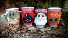 Star Wars inspired coffee cozy SET mug cozies by xoxoTouchOfLovexoxo Crochet Coffee Cozy, Crochet Cozy, Cute Crochet, Crochet Crafts, Yarn Crafts, Crochet Projects, Star Wars Crochet, Crochet Stars, Coffee Cozy Pattern