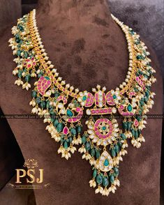 Jewelry Design Earrings, Gold Jewellery Design, Bead Jewellery, Gold Jewelry, Jewelery, Diamond Jewellery, Necklace Designs, Indian Wedding Jewelry, Bridal Jewelry
