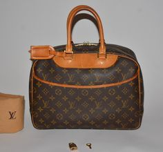 Louis Vuitton Monogram Deauville Satchel Brown Tote Bag. Get one of the hottest styles of the season! The Louis Vuitton Monogram Deauville Satchel Brown Tote Bag is a top 10 member favorite on Tradesy. Save on yours before they're sold out!