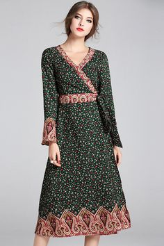 $88.99 Green Flare Sleeves Print Dress with Sash