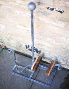Boot Scraper & Boot Jack by BaillieandCo on Etsy 2019 Boot Scraper & Boot Jack by BaillieandCo on Etsy The post Boot Scraper & Boot Jack by BaillieandCo on Etsy 2019 appeared first on Metal Diy. Horseshoe Projects, Horseshoe Crafts, Horseshoe Art, Welding Art Projects, Blacksmith Projects, Metal Projects, Boot Brush, Boot Rack, Farm Tools