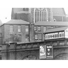 Railway viaduct that formed part of the Line running from Victoria Railway Station south. Nottingham Lace, Old Train Station, Steam Railway, Derbyshire, Pavement, Historical Photos, Old Things, Victoria, Running