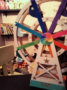 DIY Ferris wheel , dönme dolap , home made toys for kids, çocuklar için ev yapımı oyuncaklar, gökkuşağı dönme dolap, rainbow , rainbow ferries wheel