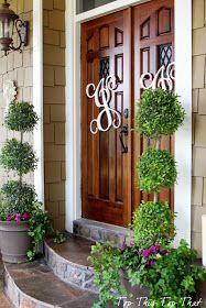 Top This Top That: using monograms on your front door.