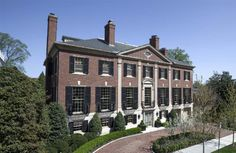The former home of misguided socialite and philanthropist, Bunny Mellon in Washington DC. Measuring in at 13,000 sq. ft, this jaw-dropping brick neo Georgian was designed in 1930 by Nathan C Wyeth.