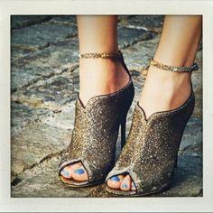 Glitter Shoes. Fabulous :)