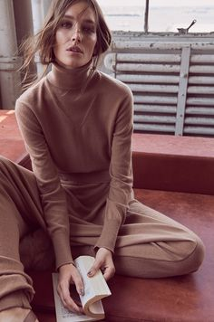 Photography: Regan Cameron. Styled by: Kerstin Schneider. Hair: Linda Shalabi. Makeup: Makky P. Model: Josephine Le Tutour.
