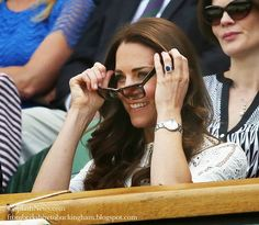 Kate Recycles White Zimmerman to Cheer Andy Murray at Wimbledon