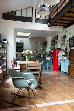 Aurélie, Bagnolet « Inside Closet- I could live here! Home Interior, Decor Interior Design, Interior Architecture, Interior Decorating, Home Living Room, Living Spaces, Casa Milano, Sweet Home, Home And Deco