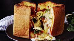 【レシピ】ジャンボミートトーストの作り方 - YouTube
