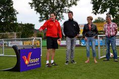 Onderdijk - Woensdag 26 augustus zijn onder grote belangstelling de nieuwe trainingstools van Strandvogels in gebruik genomen, de soccer wave. Een soccer wave is een hulpmiddel om de techniek verde...