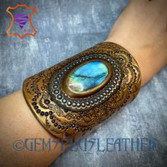 Welcome to see more pictures of this #tooledleather #labradorite #cuff #bracelet in my #Etsy shop #Gemsplusleather 😌 #Gemsforall #leather #leathercraft #Leatherwork #artisan #artisanjewelry #leatherjewelry #instajewelry #jewelrygram #gemstonejewelry #jewelry #leatherjewelry #leatherart #Handpainted #giftforher #lavkacraft #handmadejewelry #gemstonejewelry #instagood #instamood #instadailyphoto #instadaily #etsyshop #etsyseller #handmadejewelry #handmadewithlove #handmade Leather Art, Leather Cuffs, Leather Tooling, Leather Jewelry, Crazy About You, Group Boards, Boutique Etsy, Leather Projects, Hand Tools