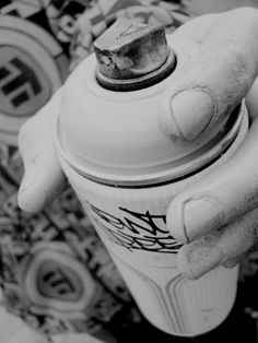 33doses Graffiti Photography, Artistic Photography, Tattoo Fonts Alphabet, Chicano Drawings, Spray Paint Cans, Graffiti Wallpaper, Graffiti Drawing, Dark Pictures, Art Series