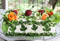 Today I am sharing some gorgeous sandwich cakes. They are so creative and beautifully garnished. They would be ideal for a luncheon or bridal shower. Sandwhich Cake, Sandwich Loaf, Sandwich Recipes, Appetizer Recipes, Appetizers, Quick Sandwich, Tomato Sandwich, Roast Beef Sandwich, Bridal Shower Menu