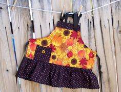Pumpkins and Sunflowers Girls ApronSize 6 by SusiesTieOneOnAprons