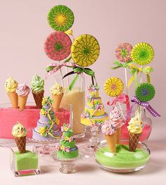Cookie centerpiece from Julia M. Usher's book Ultimate Cookies. Photo by Steve Adams.