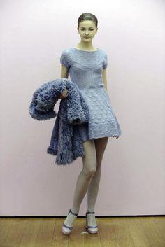 Knit Fashion, High Fashion, Fashion Show, Knit Dress, Dress Up, Fashion Themes, Italian Fashion Designers, Paco Rabanne, Alberta Ferretti