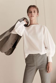 Women´s Unique Style at Massimo Dutti online. Enter now and view our  Spring summer 2017 Unique Style collection. Effortless elegance!
