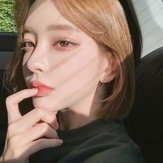 omai's ulzzang fav images from the web Pretty Korean Girls, Cute Korean Girl, Asian Girl, Korean Makeup Look, Korean Beauty, Asian Beauty, Pelo Ulzzang, Ulzzang Korean Girl, Japonese Girl