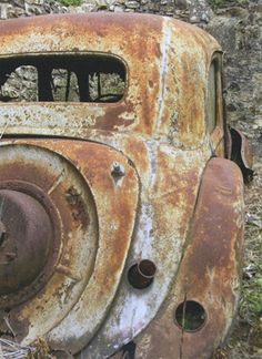 Amazing Rusty Finds - #searchlocated - rusty metal car