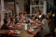 Looking back over American TV shows of the past, you'd be hard-pressed to find a TV family that exemplified simple country living more so than the Waltons. The Waltons Tv Show, Walton House, John Boy, Family Show, Home Tv, Cinema, Family History, Tv Series, Tv Shows