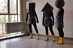 Human Dollz at Oskar Schlemmers Atelier, Schlemmers Meisterhaus, Dessau by Barking Dogs United, 2009 #art #barkingdogsunited #bauhaus #humandollz #humandolls Bauhaus, Theater, Weird World, Body Painting, Pagan, Collages, Surrealism, Berlin, Art