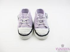 Light purple baby crochet sneakers, crochet baby booties, baby shoes, crochet baby shoes, Light purple baby shoes, crochet bay girl sneakers by Yunisiya on Etsy