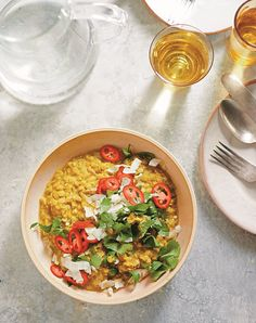 When we're feeling blah, dinner calls for a hug in a bowl. Liz Moody's immune-boosting turmeric golden milk daal is just what the doctor ordered. Slow Cooker Pasta, Slow Cooker Recipes, High Protein Recipes, Protein Foods, Turmeric Golden Milk, Pasta E Fagioli Soup, Daal, Vegan Comfort Food, Recipe Please