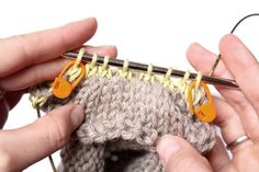 How To Pick Up Stitches for the Raglan Sleeve and Avoid Holes in the Underarm – The Gift Of Knitting Casting On Stitches, Knitting Stitches, Knitting Patterns, Knitting Sweaters, Sweater Patterns, Knitting Help, Knit Pillow, Knitting Projects, Knitting Tutorials