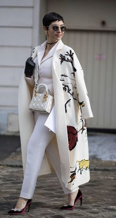The Best Street Style Looks From Paris Fashion Week Fall 2018 - Fashionista women beauty and make up Looks Street Style, Street Style Trends, Autumn Street Style, Looks Style, Street Styles, Trend Fashion, Paris Fashion, Autumn Fashion, Womens Fashion