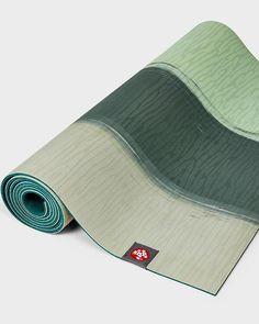 Manduka Eko Lite Yogamatte 4mm Green Ash Stripe Green Ash, Pantone, Sport, Amazons, Structure Of Cell, Yoga Teacher, Natural Rubber, Sustainability, Deporte
