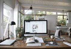 tumblr m7ntuqzhSn1rbqlnqo1 1280 60 Cool Office Workspaces | Part 17
