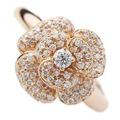 『Ponte Vecchio(ポンテヴェキオ)のジュエリー』 https://ureruyo.com/houseki/brand-jewelry/pontevecchio/ 1981年設立の日本発信ブランド。ほどよく甘く、フェミニンなテイストが魅力です。パヴェセッティングが美しいダイヤモンドジュエリーやバリエーション豊富なピンキーリングは幅広い年齢層の女性たちから絶大な支持を得ています。 ☆ウレル 大宮店☆ 営業時間 10:00~19:00(定休日なし) 〒330-0854 埼玉県さいたま市大宮区桜木町1-1-5-4F ☆お問い合わせは安心のフリーダイヤル☆ 0120-605-423